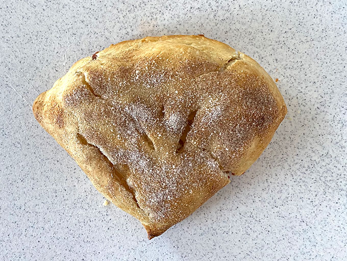 Baked and cooled folding apple pie hack
